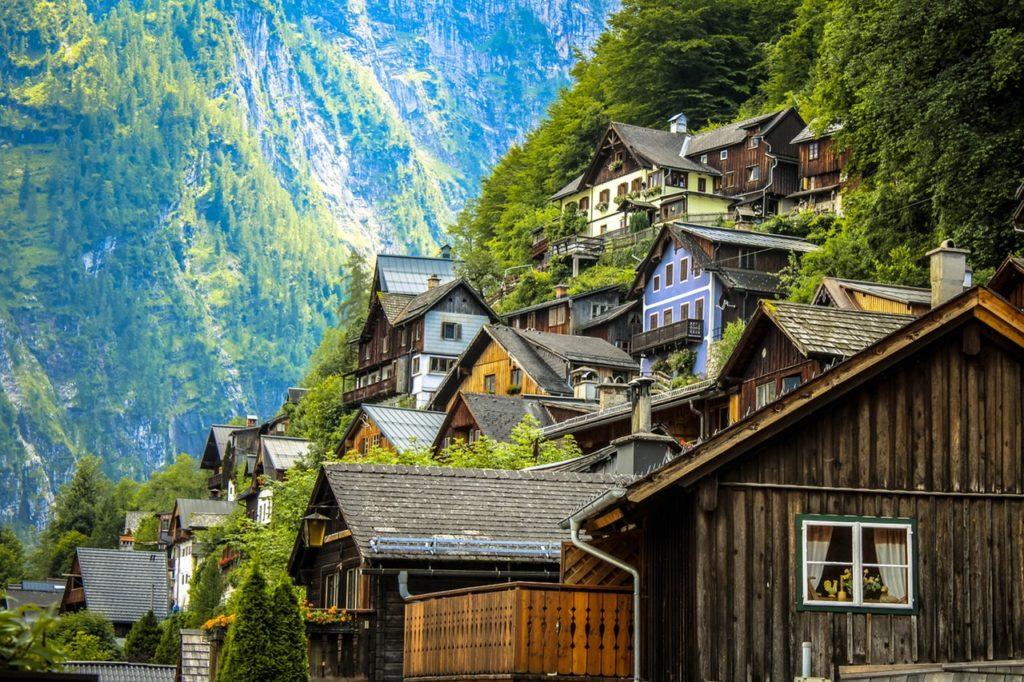 木造建築物が目立つ景観