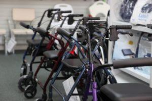 老人福祉施設と歩行器