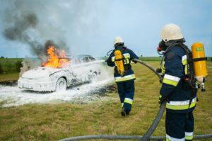 車両火災と消火活動